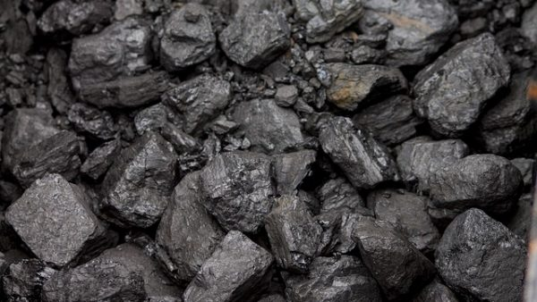 https://news.wbhm.org/media/2016/02/e131b30b2efc1c3e81584d04ee44408be273e7d01bb817469cf8_640_coal-600x338.jpg