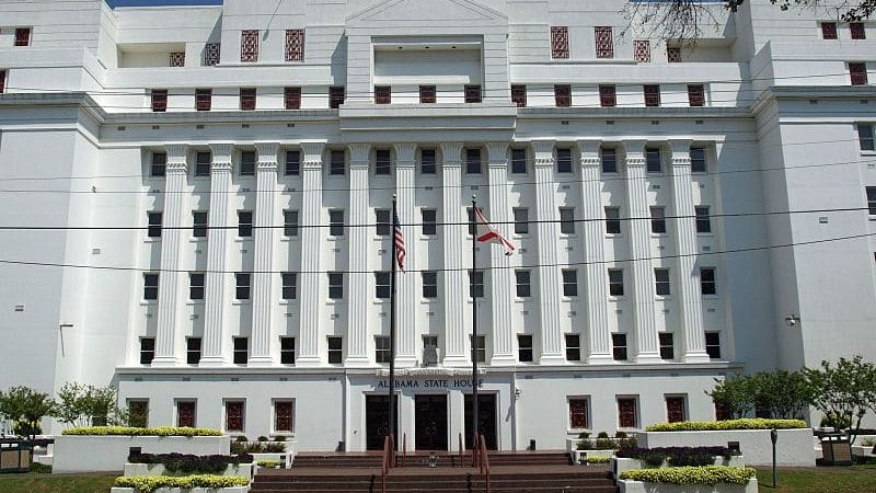 https://wbhm.org/wp-content/uploads/2014/04/800px-Alabama_State_House_Apr2009-800x450.jpg