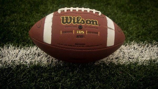 https://wbhm.org/wp-content/uploads/2016/01/ec3cb7082cf31c3e81584d04ee44408be273e7d71bb612449cf2_640_College-Football-600x338.jpg