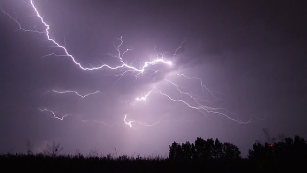 https://wbhm.org/wp-content/uploads/2016/03/ea31b30c2cf51c3e81584d04ee44408be273e7dd11b2154391f9_640_storms-600x338.jpg