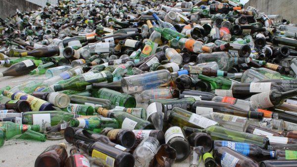https://wbhm.org/wp-content/uploads/2016/08/Glass_Bottles_AEC-600x338.jpg