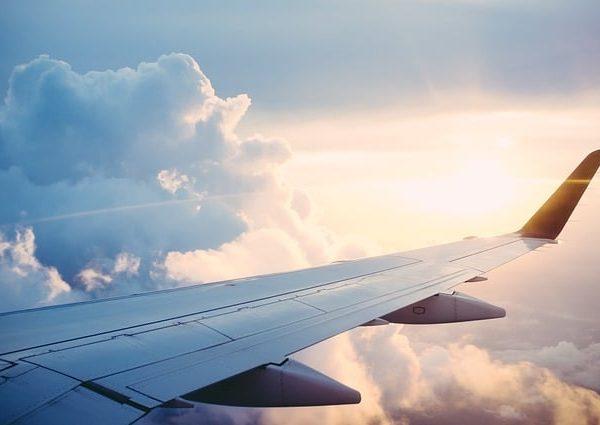 https://wbhm.org/wp-content/uploads/2017/03/e131b00b2cf51c3e81584d04ee44408be273ebd51ab6104491f8_640_Airline-Plane-600x425.jpg