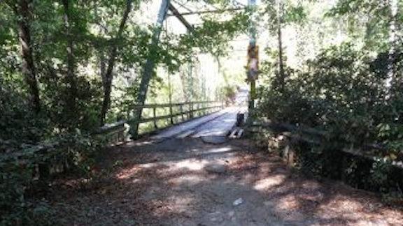 https://wbhm.org/wp-content/uploads/2018/08/Cahaba-River-Old-Bridge-e1533573771272.jpg
