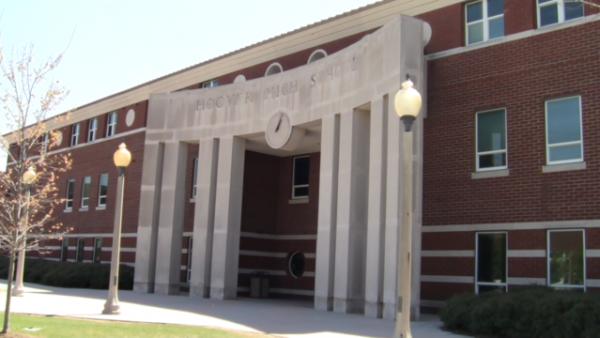 https://wbhm.org/wp-content/uploads/2019/03/640px-Hoover_High_School_Facade-600x338.png