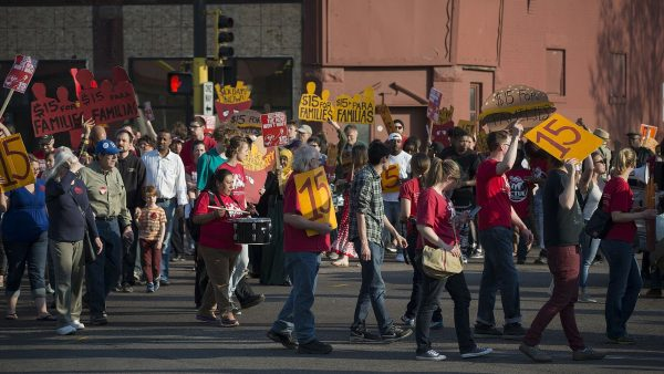 https://wbhm.org/wp-content/uploads/2019/06/Fast_food_workers_on_strike_for_higher_minimum_wage_and_better_benefits_261628023901-e1561511727636-600x338.jpg