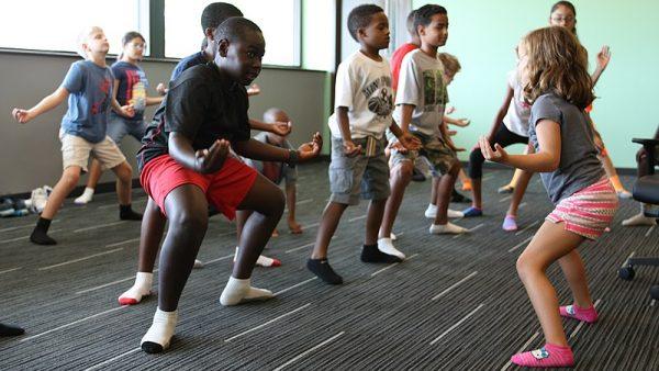 https://wbhm.org/wp-content/uploads/2020/03/800px-Kids_Yoga_19125038413-600x338.jpg