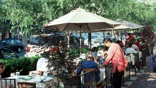https://wbhm.org/wp-content/uploads/2020/08/outdoor-dining-600x338.jpg
