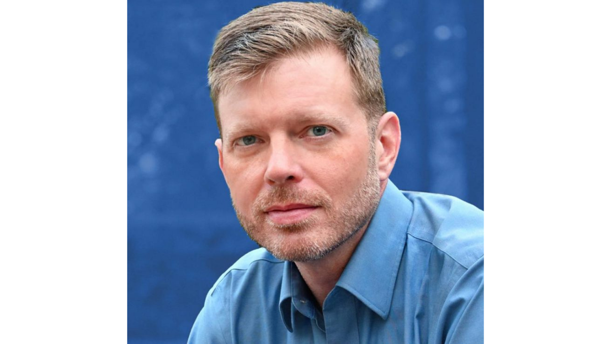 Headshot of Darrell O'Quinn