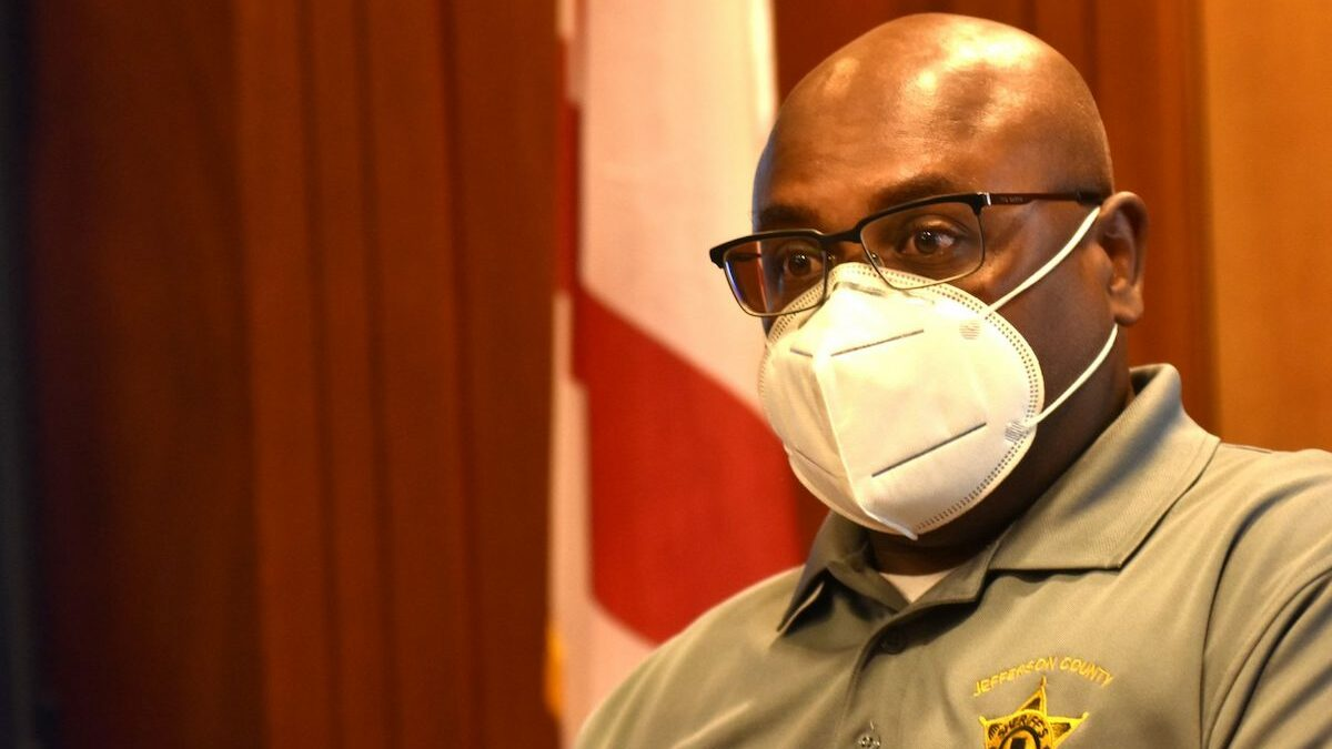 Lt. Rodney Jones, of the sheriff department's support services and finance office, spoke to Jefferson County commissioners during a committee meeting.
